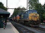 CSX 5417 leading K138